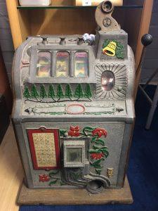mills poinsettia 5c slot machine
